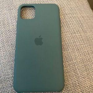 iPhone 11 Pro Max apple case green